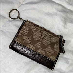 New coach key and card holder